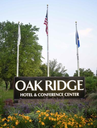 Oak Ridge Photo