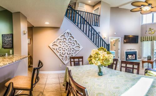Kingston Windemere 9F, Condos at Myrtle Beach Photo