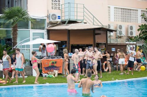 Benidorm Celebrations Pool Party Resort - Adults Only photo 39