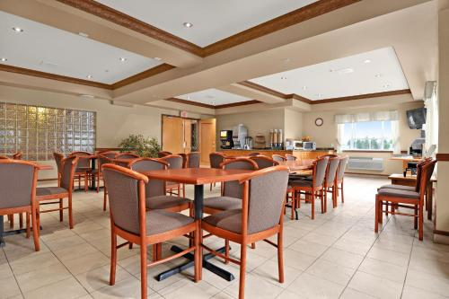 Best Western King George Inn & Suites Photo