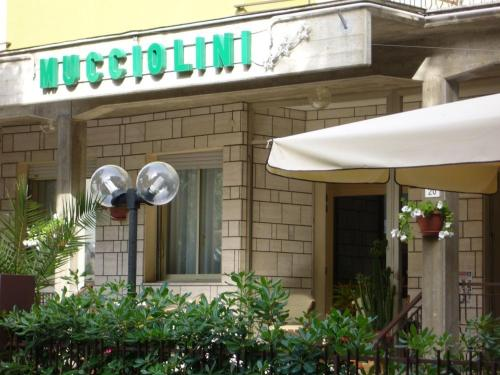 Hotel Mucciolini
