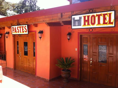 Hotel Posada Castillo Panteon Ingles Photo