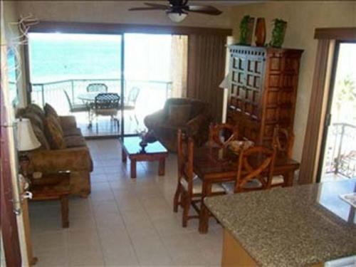 412E at Sandy Beach resort Photo