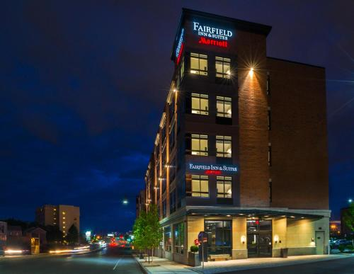 Fairfield Inn & Suites by Marriott Boston Cambridge Photo