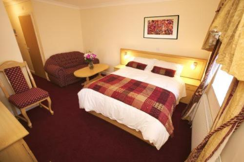 Photo of Gateway Hotel Hotel Bed and Breakfast Accommodation in Newport Newport