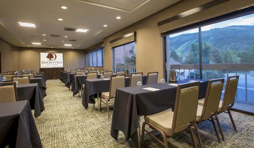 DoubleTree by Hilton Park City - The Yarrow Photo