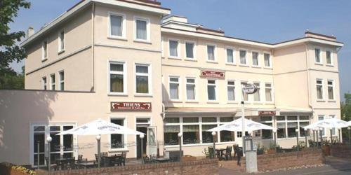Hotel Augustusbad Hollywood am Ostseestrand'