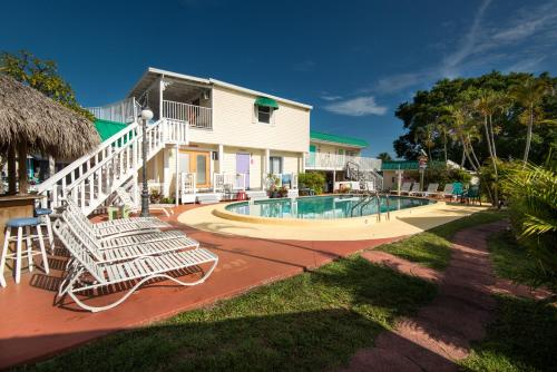 Silver Sands Villas Photo