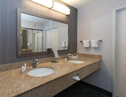 Courtyard By Marriott Albany - Albany, GA 31707