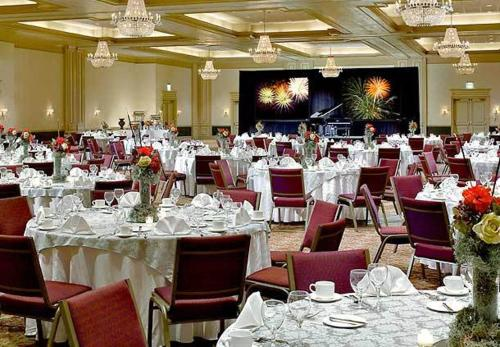 Augusta Marriott Hotel at the Convention Center Photo