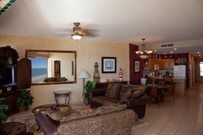 801E at Sandy Beach resort Photo