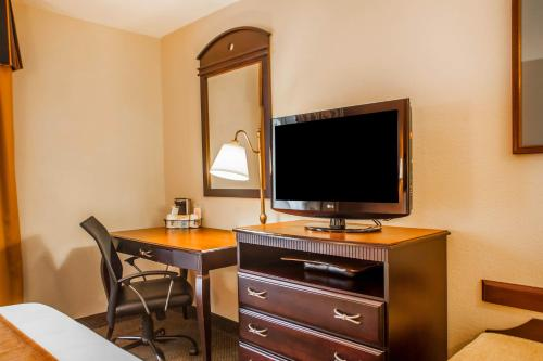 Comfort Inn & Suites Somerset Photo
