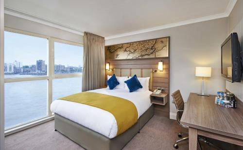 DoubleTree by Hilton London – Docklands Riverside photo 16