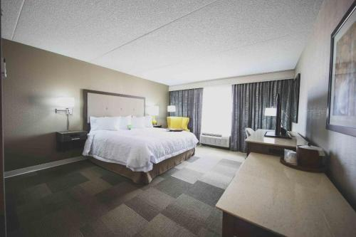 Hampton Inn & Suites by Hilton Bolton Photo
