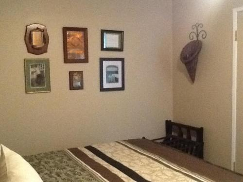 Vintage Merlot Bed and Breakfast Photo