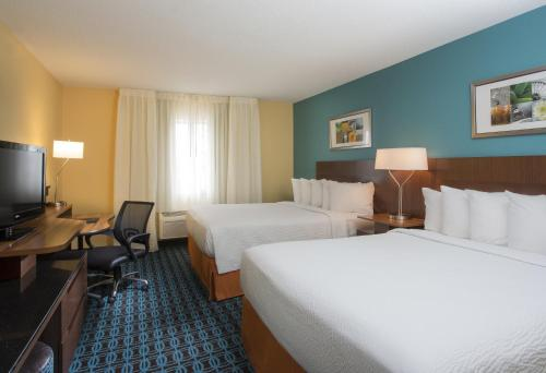 Fairfield Inn & Suites Oshkosh Photo