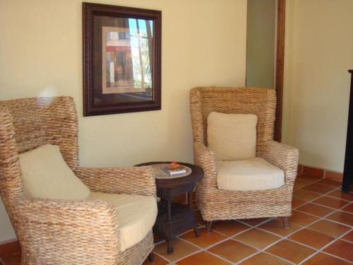 2 Bedroom House - Del Sol - FN362