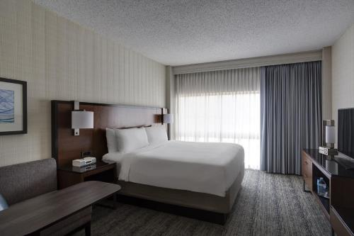Houston Airport Marriott At George Bush Intercontinental photo