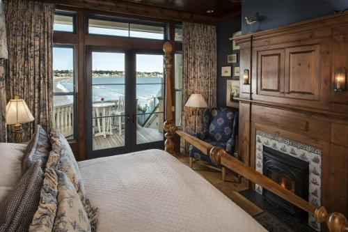 The Chanler at Cliff Walk Photo