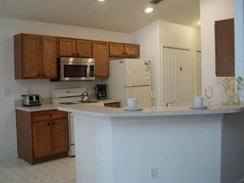 Two-Bedroom Pool Home Kissimmee Photo