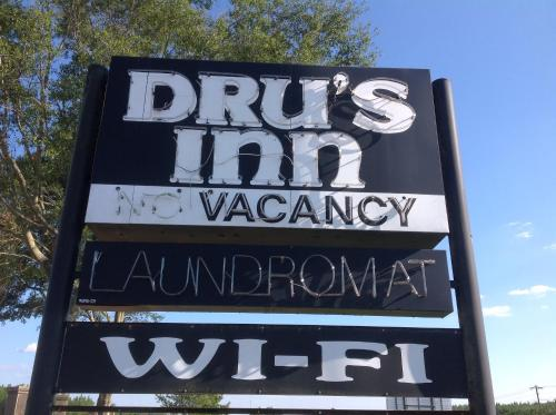 Dru's Inn Photo