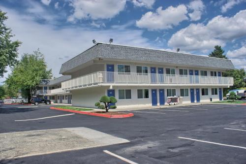Motel 6 Seattle East - Issaquah Photo