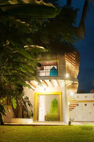 El Tizate Garden & Beach House Photo
