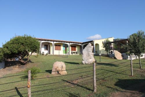 foto Toms Bed and Breakfast (Matta e Peru (Budoni))