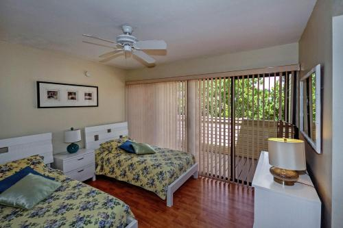 Bird's Nest Vacation Apartments Photo