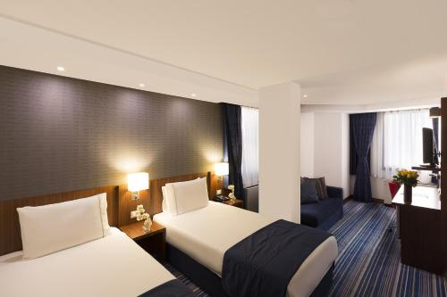 Taksim Express Hotel photo 23