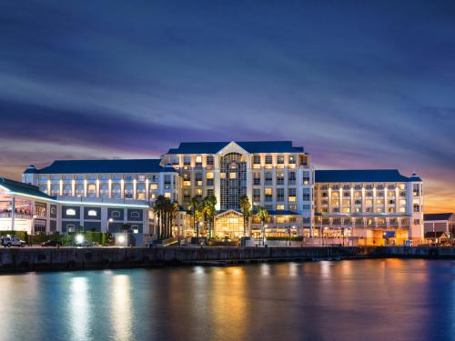 The Table Bay Hotel impression