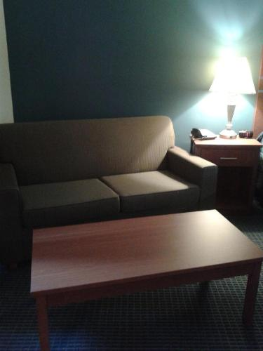 Asteria Inn & Suites - Redwood Falls Photo