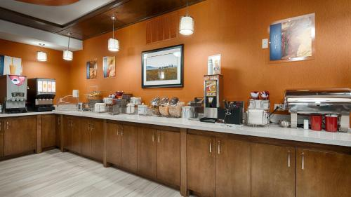 Best Western Plus Fort Stockton Hotel Photo