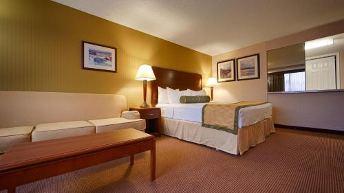 Best Western Plus Executive Inn photo 4