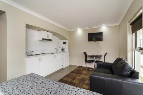 Parkville Place Serviced Apartments photo 11