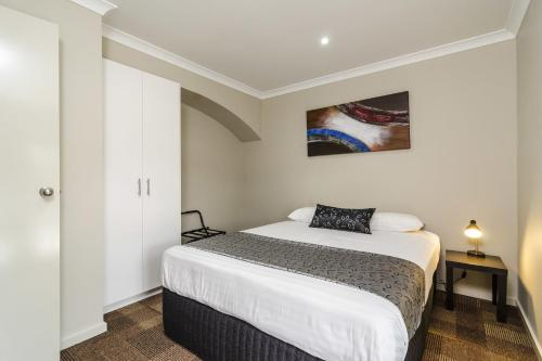 Parkville Place Serviced Apartments photo 15