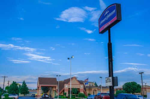 Picture of Howard Johnson Express Oklahoma City