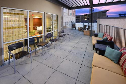 Courtyard Houston Pearland Photo