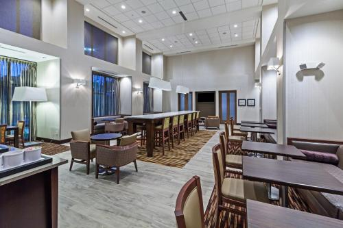Hampton Inn and Suites Georgetown/Austin North, TX Photo