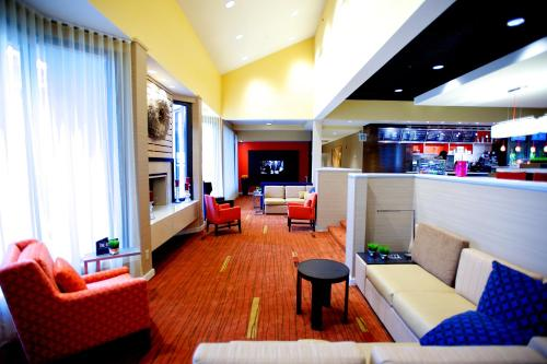 Courtyard by Marriott Dallas-Fort Worth/Bedford Photo