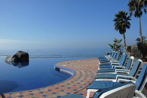 Las Rocas Resort & Spa Photo