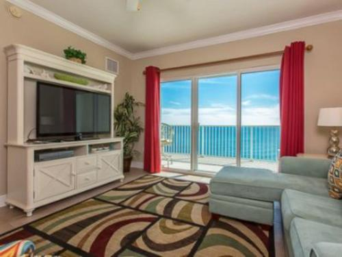Crystal Shores West 1207