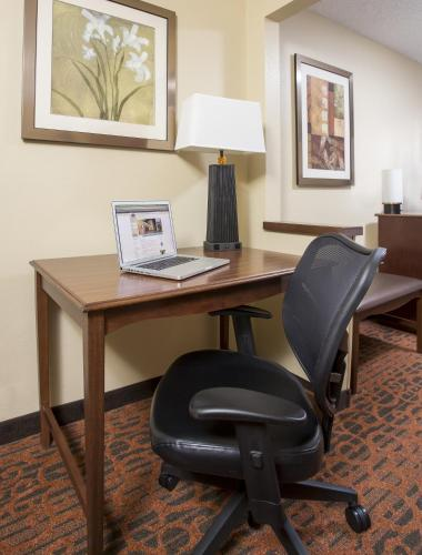 Hampton Inn Abilene Photo