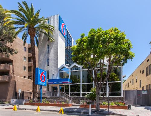 Motel 6 Hollywood impression