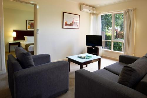 Quest Royal Gardens Serviced Apartments photo 11