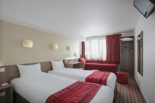 Kyriad Hotel Paris Bercy Village photo 25