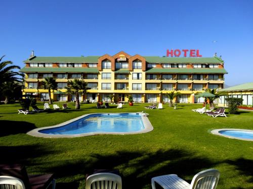 Foto de Hotel y Caba�as Mar De Ensue�o