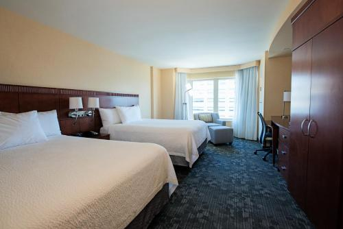 Courtyard by Marriott Halifax Photo