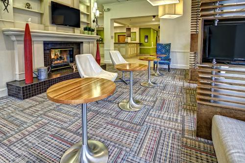 Hilton Garden Inn Nashville Airport Photo