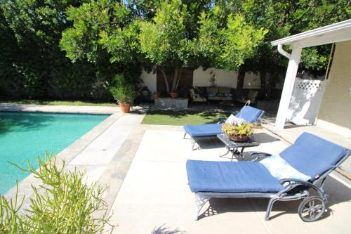 Sherman Oaks LA Pool Home Photo
